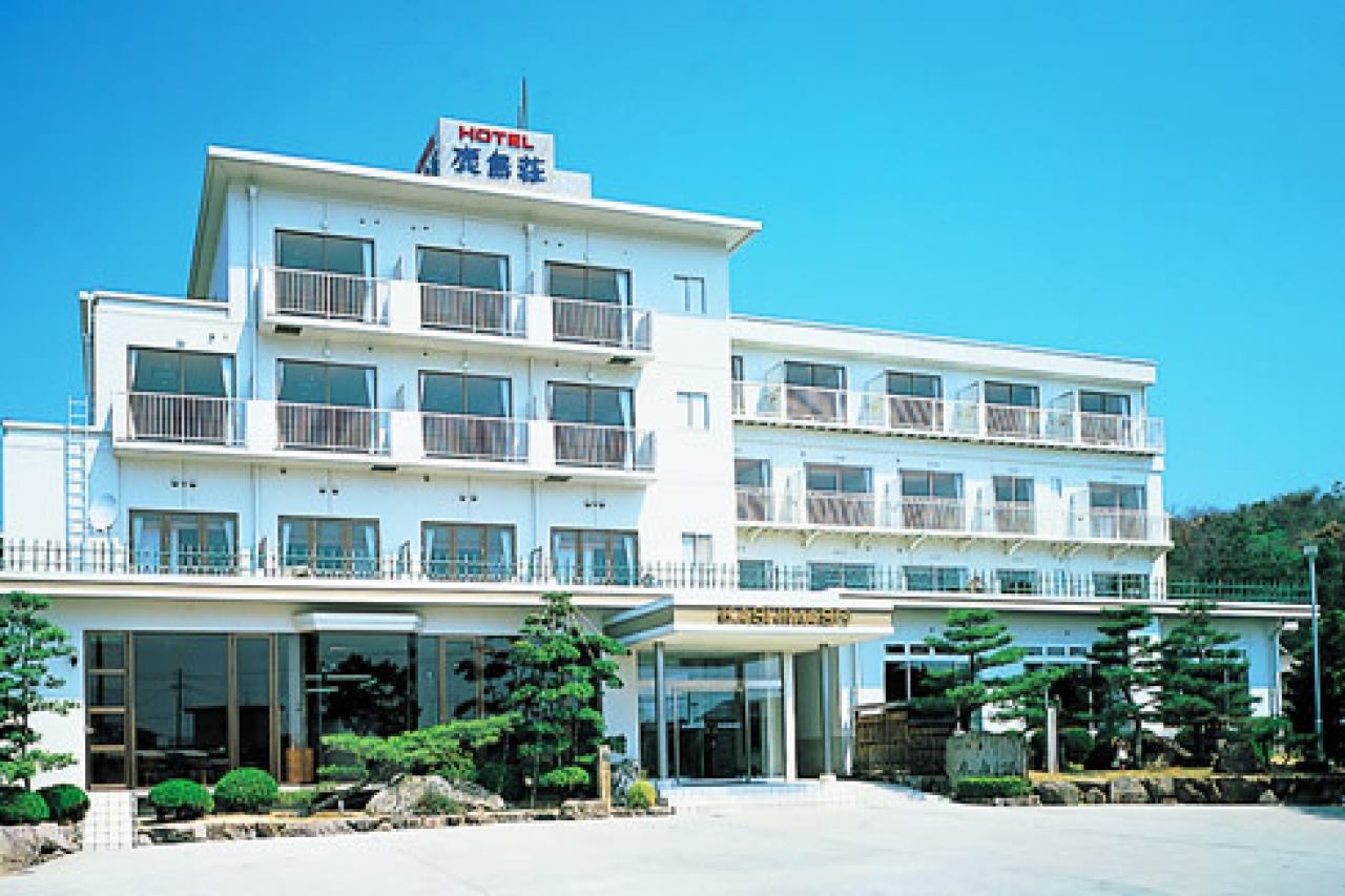 海滩饭店鹿岛庄 (Beach Side Hotel Kashimaso)