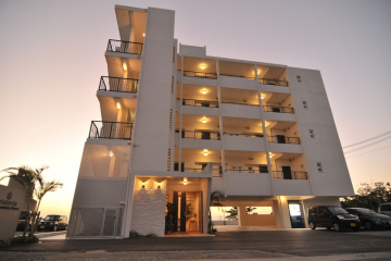 紫藤公寓酒店(Wisteria Condominium Resort)