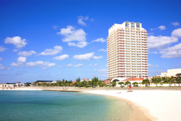 沖繩海灘大廈(The Beach Tower Okinawa)