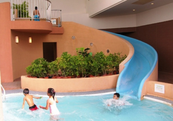 Indoor pool water slide