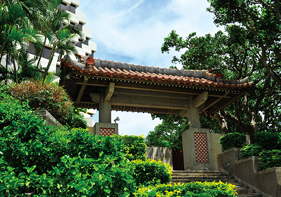 Stay in Naha with advantageous access conditions