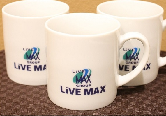 We prepare original Live Max's mug cup
