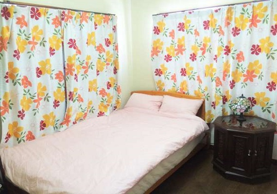 Guest room 201