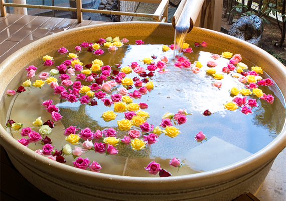 "Open-air bath for ladies ""Flower bath"" (※Sample)"