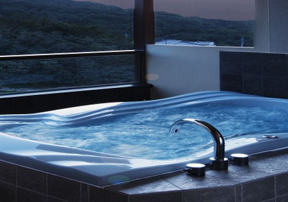 Guest room with open-air bath with Jacuzzi