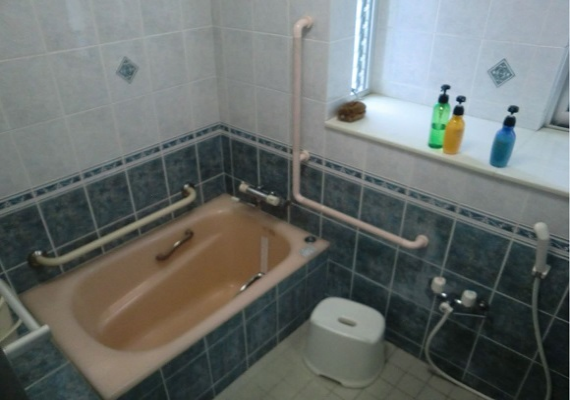 The 2nd floor bathroom (example)