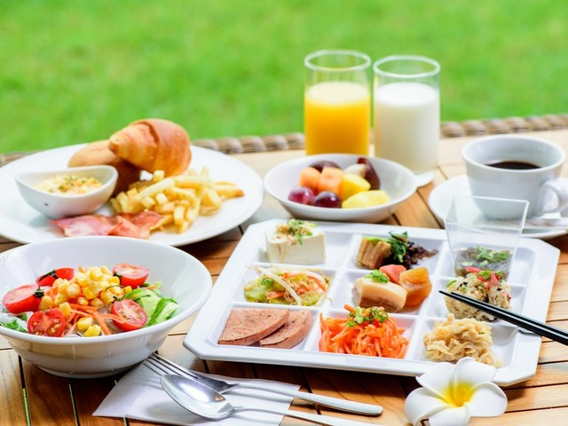 【Regular plan】《Breakfast included》◎ Open at 6:00 am ◎ Dishes from Japanese, Western and Okinawan menus are served in buffet style