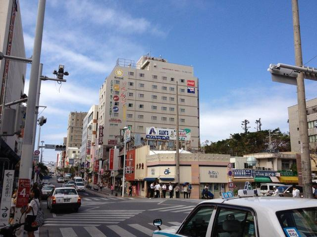 Our hotel is right in the middle of Kokusai Street!