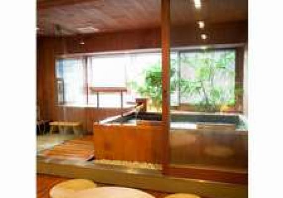 【Only pay by cash onsite】Plan with breakfast in comfortable hotel with hot spring♪