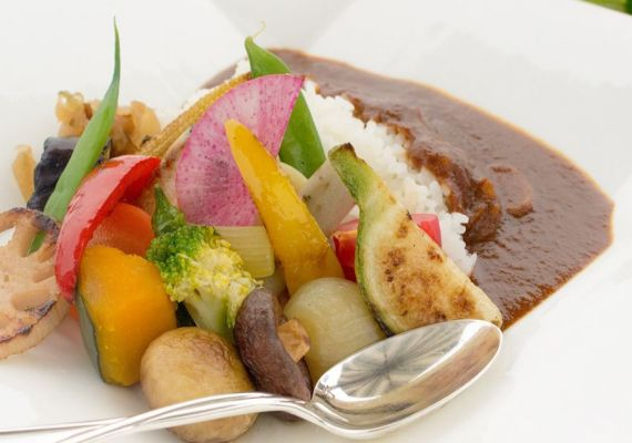 [Spend time in high class Okinawa hotel] Ideal for 2 travelers♪ Chose lunch menu you like the most (3 meals a day included)