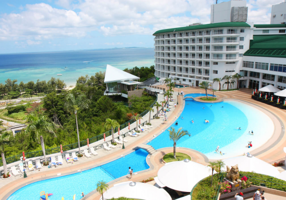 Vicinity Hotels Where You Definitely Should Try Marine Sports