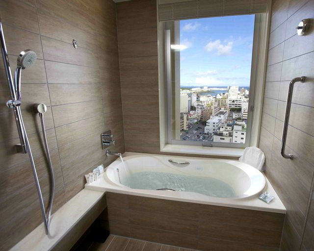Bay side twin with view-bath [Non-smoking] 35 ㎡ / 6~10 floors