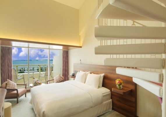 [July, 2015 renewal!] Top floor ocean maisonette (Japanese-Western style room / non-smoking)