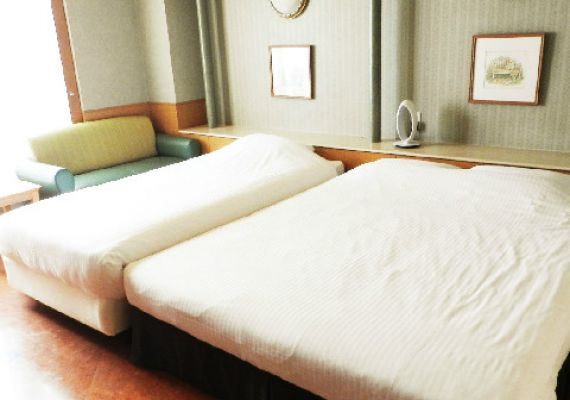 [non-smoking] Relaxation feeling relaxed with queen bed♪