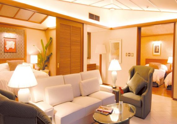 Oriental suite (with private pool, 100 square meters)
