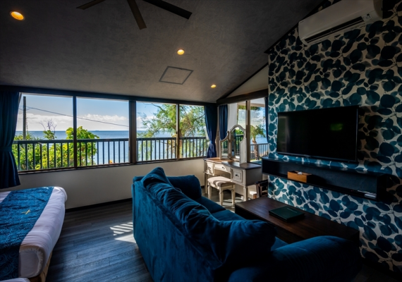 We can see the sea from annex beach side villa special room bedroom
