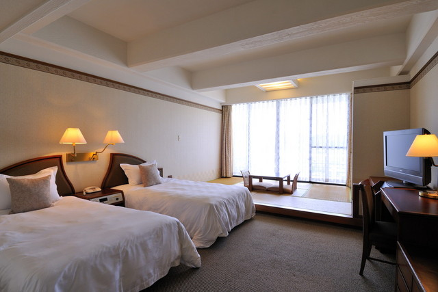 [non-smoking] Deluxe twin (M) Japanese-Western style room / green view