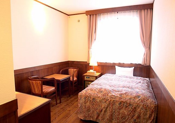 Area: 15m² (9 tatami mats)