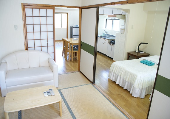 【Non-smoking 】Family triple Japanese-Western style room