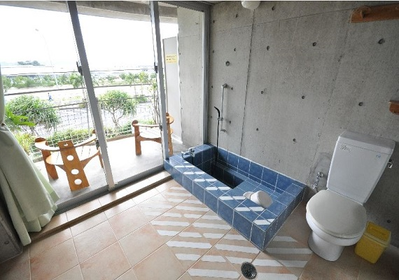 Solar BATH ROOM (image)