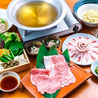 Greedy! Course with shabu-shabu with Agu pork and Ishigaki beef + island vegetables buffet