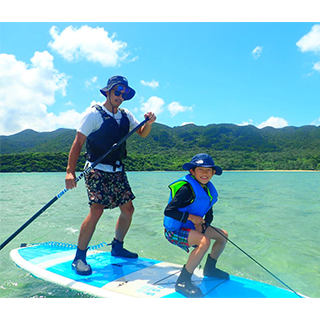 Choose between SUP or Canoe for the Mangrove tour & Blue Cave Snorkeling Plan