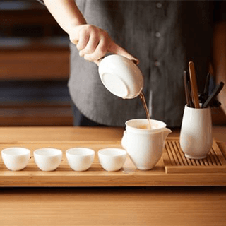 【Chinese Traditional Tea Ceremony in Onna-son, Okinawa】Everyone is welcome! With various kinds of organic teas beneficial to health. Experience the traditional Chinese tea brewing method. Original tea sweets included!