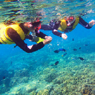 Araha Beach Snorkel! Ride the boat to one of the best snorkle sites!
