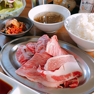 Enjoy an affordable yakiniku lunch♪