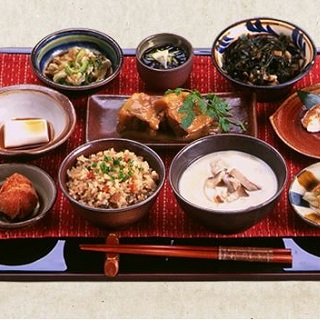CHURA-HANA Set Meal ☆ Ryukyu cuisine with a carefully selected menu ☆