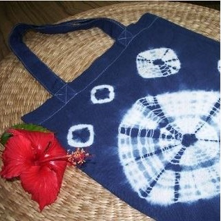 Aizome Indigo Dye Experience (natural indigo hand-dyed bag) & Gyoku Sendo Entrance Ticket
