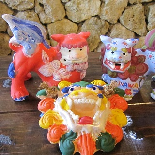 Unglazed Shisa (with acrylic paint colouring) Experience&Gyoku Sendo Entrance Ticket