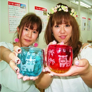 Ryukyu glass / Chura glass / Coaster Etching Experience♪ You can take it home!!