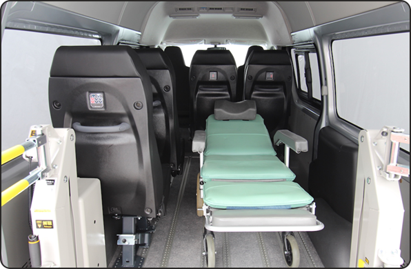 That a stretcher is able to be loaded makes it possible to response to a wide range of needs of nursing care welfare.