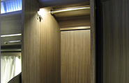 帶燈的自由空間室