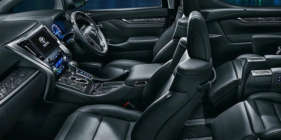 車内イメージ2